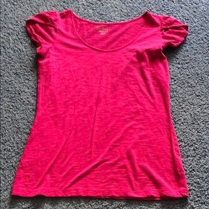 Lilly Pulitzer raspberry pink ruffle t-shirt Med.